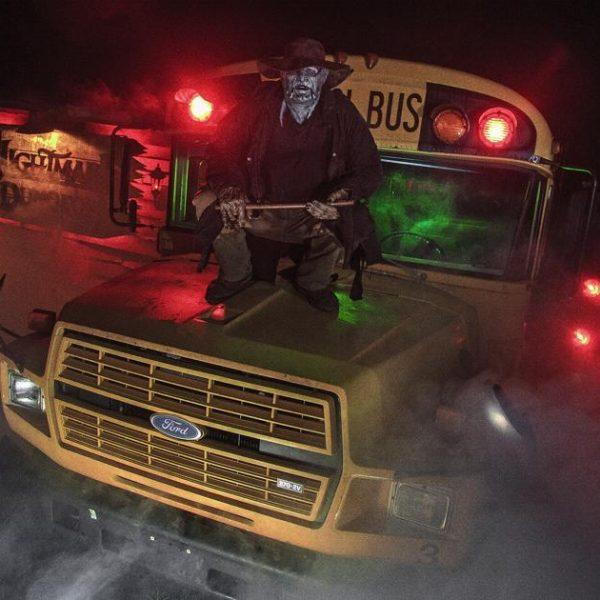 2017_Hero_Dreams_08_19_5766_Bus_Stop